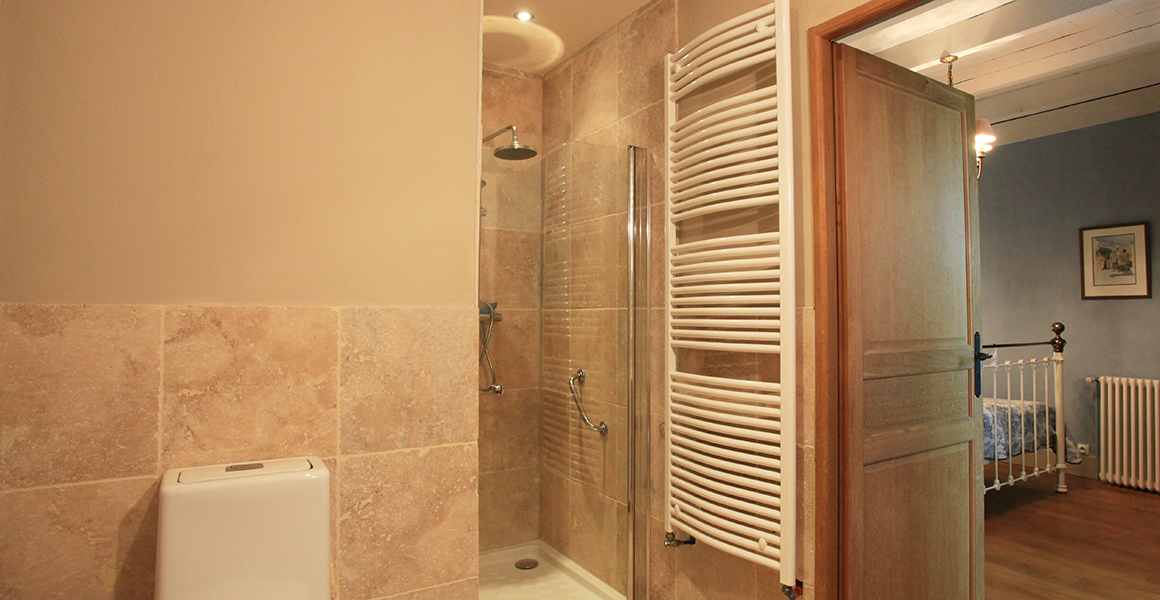 Ground floor double bedroom 1 ensuite shower room