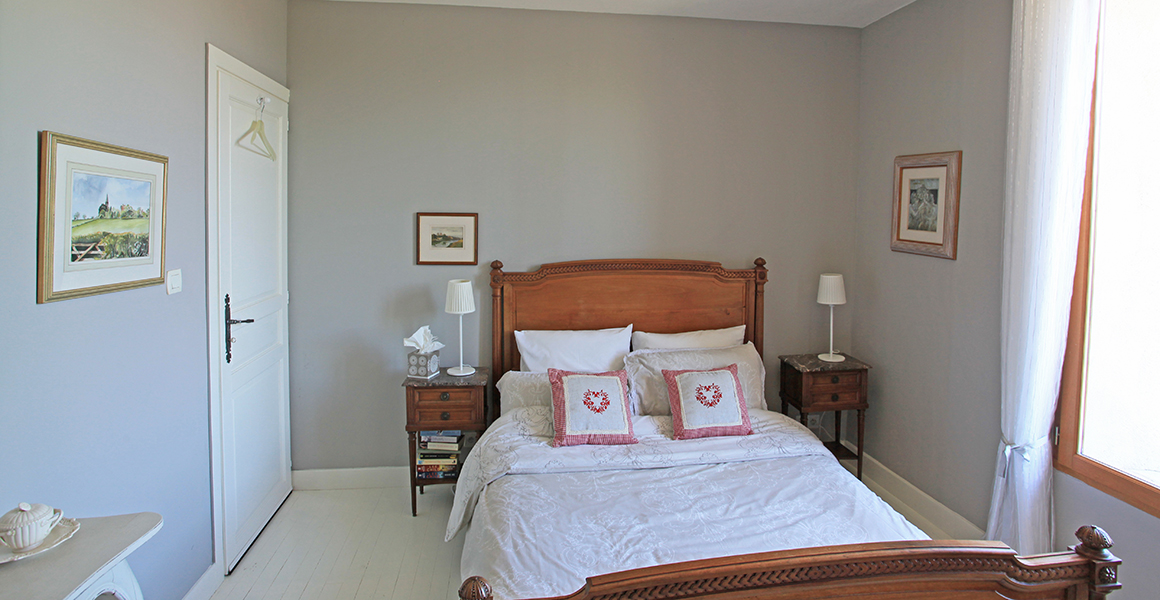 Farmhouse first floor bedroom with ensuite