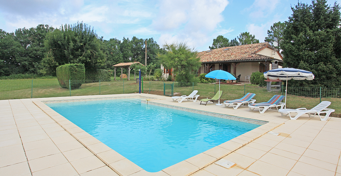 Le Clou with private pool