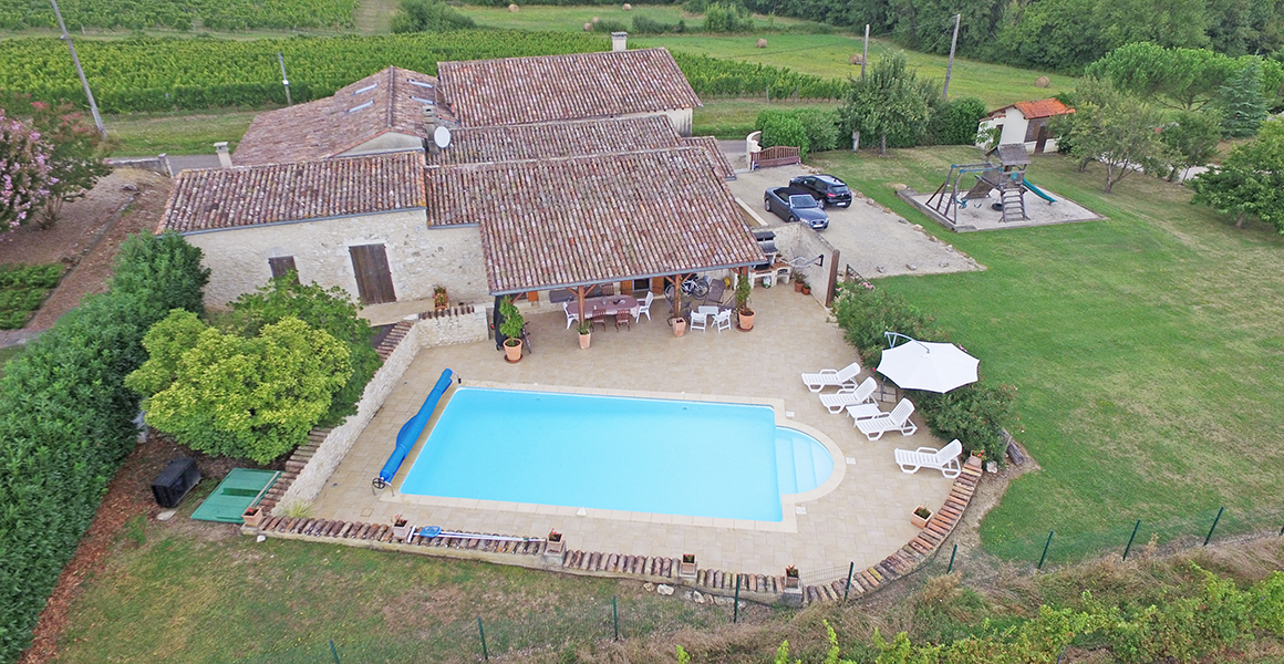 La Grange with private heated pool, overlooking the vines