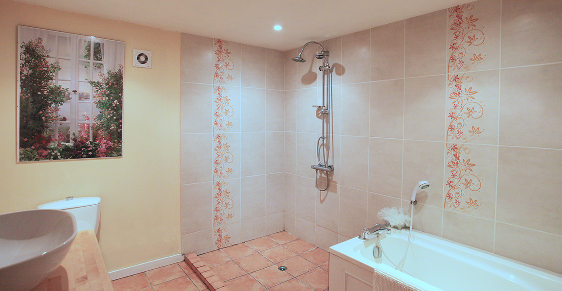Ground floor master ensuite shower room